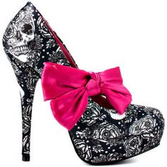 pretty skull heels - wish I could still wear things like this! Wonder where I can get pretty skull kitten heels?!
