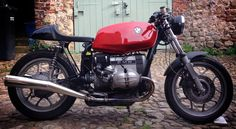 I want one of these BMW R65LS Cafe Racer - shame I was in Yorkshire I could have viewed this last week.
