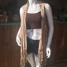 This vest is just adorable!!!! Paired with a 1/2 tank and UMGEE shorts. We LVE the cutouts in the vest!!! Vest $37.99/Shorts $19.99/Half tank $8.99 @ Tree of Life Supplements, Gifts & More  #cowgirlhippie  treeoflifesgm@yahoo.com