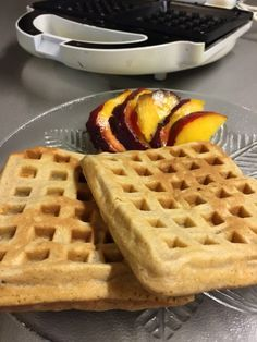 Reggeli piskóta szendvicssütőben | Mindenment.es Deli, Waffles, Clean Eating, Muffin, Breakfast, Health, Cukor, Food, Vegetable Salad