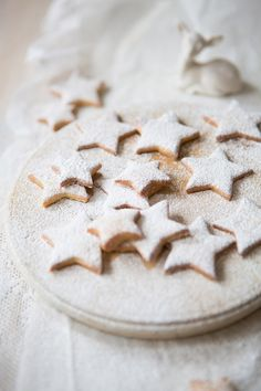 winter star biscuits with orange zest & cinnamon. This is what Sandra made for her Christmas do in star & holly shapes-lovely!