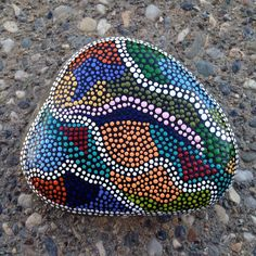 #SNSDESIGNS #handpainted #paintedrocks #paintedstones #dots #dotart #dotaddiction #FAB15marday2