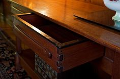 Drawer detail of the entry hall table at the Gamble House Woodworking Joints, Woodworking Tips, Entry Hall Table, Gamble House, Restore Wood, Joinery Details, Craftsman Style Homes, Interior Photo, Arts And Crafts Movement