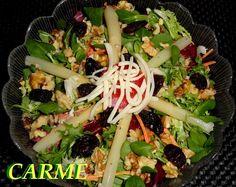 #Ensalada #Gourmet con espárragos y frutos secos. Ver receta: http://www.mis-recetas.org/recetas/show/44403-ensalada-gourmet-con-esparragos-y-frutos-secos