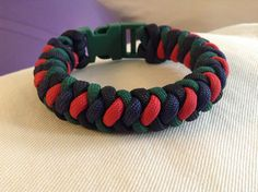 Clan Murray Paracord Bracelet in Ancient  Tartan colors. Red, navy, hunter and back.