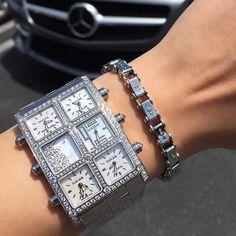 Omega Seamaster Quartz, Luxury Lifestyle Fashion, Timex Watches, Beautiful Watches, Watch Brands, Luxury Jewelry, Link Bracelets, Jewelry Watches, Gold Watches