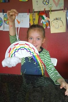 Woven Ribbon Paper Plate Rainbow - Evolving Motherhood