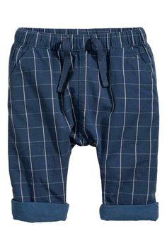 Lined pull-on trousers - Dark blue/Checked - Kids Fashion Kids, Baby Boy Fashion, Paris Fashion, Little Boy Outfits, Baby Boy Outfits, Kids Outfits, Baby Kids Wear, Baby Kids Clothes, Baby Boy Dress
