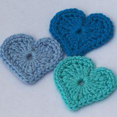 Modern Crochet Flower Pattern : Crochet Flowers Hearts Butterflies on Pinterest Crochet ...