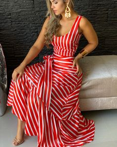 Outfits ideas & inspiration : Now I will share some ideas of striped dresses to wear in spring, striped dresses and bows to wear in spring, striped dresses and belt to wear in spring, Jumpsuit Outfit, Dress Outfits, Fashion Dresses, Cute Dresses, Casual Dresses, Summer Dresses, Dress Skirt, Dress Up, Classy Outfits