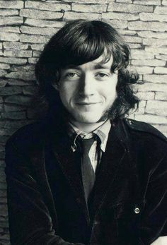 Rory Gallagher — A young Rory in Pre-Taste. Rory Gallagher, Drunk Woman, Irish Boys, Best Rock, Light Of My Life, Him Band, Music Film, Eric Clapton, Love Affair