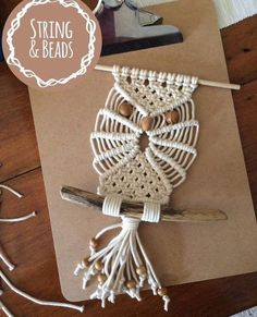 We love this gorgeous owl macrame wall hanging made by Link in bio to our Handmade Life dips group ☝🏼 You could win this… Macrame Wall Hanging Diy, Macrame Plant Hangers, Macrame Owl, Micro Macrame, Macrame Design, Macrame Projects, Macrame Patterns, Creations, Crafts