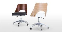 Hailey, une chaise de bureau pivotante, noyer et noir | made.com