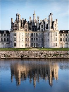 All things Europe . Chambord, France (by Paucal) Beautiful Castles, Beautiful Buildings, Beautiful Places, Chateau Bordeaux, Palaces, Places To Travel, Places To See, Castle House, Life Is An Adventure