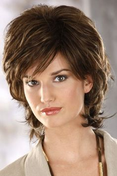 A Capless wig with ultra-thin weftings makes Chloe by Henry Margu Wigs the perfect wig choice for women with hair loss. Try this fantastic wig today! Mid Haircuts, Short Bob Haircuts, Short Hair With Layers, Layered Hair, Retro Hairstyles, Short Hairstyles For Women, Henry Margu Wigs, Shaggy Short Hair, Choppy Hair