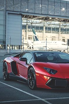 The Lamborghini Huracan was debuted at the 2014 Geneva Motor Show and went into production in the same year. The car Lamborghini's replacement to the Gallardo. Lamborghini Aventador, Lamborghini Diablo, Ferrari, Maserati, Classy Cars, Sexy Cars, Hot Cars, Supercars, Porsche 918 Spyder