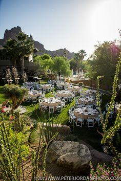 Phoenix Bride and Groom_wedding venue_rehearsal dinner venue_Sanctuary on Camelback Mountian_Paradise Views Lawn