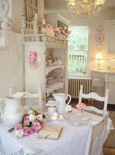 Romantic Home : : Shabby Country Cottage Tour!
