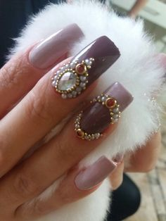 Milena, Nails, Beauty, Nail Colors, Nail Jewels, Jewelry Ideas, Stones, Ongles, Beleza