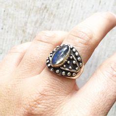 silver ring with labradorite, labradorite ring, stone silver ring, dotted silver ring, stone dotted Ring Ring, Rock Rings, Labradorite Ring, Jewelry Collection, Gemstone Rings, Silver Rings, Hemp, How To Wear, Boho