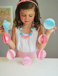 DIY Tutorial: Cupcake Liner Garland
