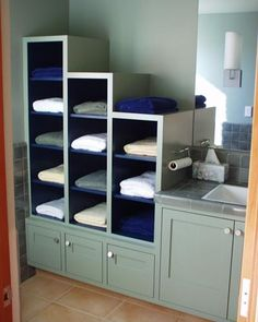 Custom bathroom cabinetry by Lackey Woodworking. More info here:  http://santacruzconstructionguild.us/lackey-woodworking/y