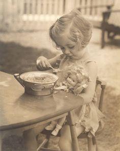 Feeding dolly