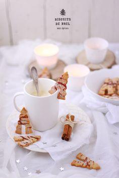 Calendrier de l'avent 2013 - #1 Découvrez la recette des biscuits de Noël aux épices de Sandrine du blog Fraise & Basilic.