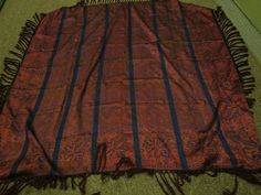 SILK JACQUARD ANTIQUE SHAWL
