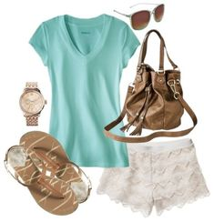 Casual Summer Outfit with Lace Shorts!