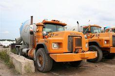 Types Of Concrete, Mix Concrete, Concrete Mixers, Mack Trucks, Old Trucks, Cement Mixer Truck, Equipment Trailers, Old Lorries, Vintage Trucks