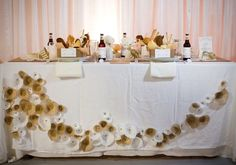 buffet linen runner ideas | weird but kinda neat