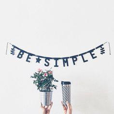 #Repost Boa noite com essa foto lindinha lá do @besimple.home com nosso Banner de Letras Personalizado.  Beijos!    #DivirtaSeDecorando #adesivosdeparede #adesivodeparede #parede #adesivosdecorativos #decor #decoração #designdeinteriores #decorefacil #ideiascriativas #casa #casamento #instagood #instadecor #apartamento #quartodebebe #quartodemenina #estiloescandinavo #quartomontessoriano #ideiasdecoracao #cenario #frases #besimple #plantinhas #cantinho #inspiração #boanoite
