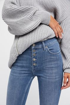 Slide View 1: Reagan Button Front Jean
