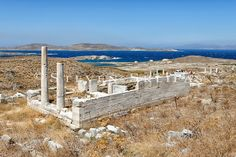 Archaic Temple of Hera. Delos Greece, Apollo And Artemis, Ancient Greek Theatre, Places In Greece, Ancient Greece, Temples, Rome, Stuff To Do, Around The Worlds