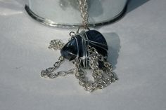 Wire wrapped Beach Stone silver chain necklace.  BRITTLESSHIP.ETSY.COM