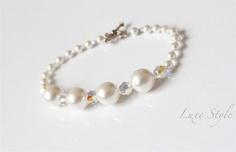 Bridal Jewelry Pearl Bracelet Wedding Swarovski Beaded HandmadeVictorian style Jewelry Luxe Style