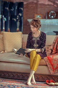 Yellow pants Generation, Ottoman Vasli, F/W 2015 - High Fashion Pakistan Pakistani Wedding Outfits, Pakistani Dresses, Indian Dresses, Indian Outfits, Pakistani Couture, Pakistani Dress Design, Shadi Dresses, Pakistan Fashion, Desi Clothes
