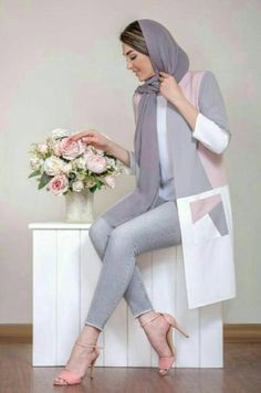 Ashfiya❤ - Another! Street Hijab Fashion, Abaya Fashion, Muslim Fashion, Modest Fashion, Women's Fashion Dresses, Beautiful Casual Dresses, Mode Abaya, Iranian Women Fashion, Hijab Fashionista