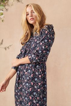 Bold and beautiful; the Elm dress from the #BarbourLauraAshley collection features an archived print named Indienne. Inspired by an Indian textile pattern from the 17th century, Indienne has been used by Laura Ashley since 1985. Styled with blouse sleeves and a full skirt, this classic shirt dress exemplifies contemporary femininity. #BarbourLauraAshley