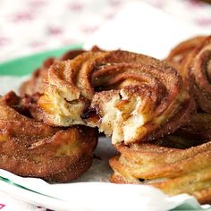 Delicious Churros Recipes Online is under construction Fruit Recipes, Baking Recipes, Sweet Recipes, Dessert Recipes, Yummy Food, Tasty, Pastry And Bakery, Food Videos, Cooking Videos