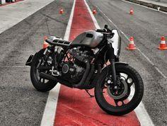 Yamaha XJ 900 Custom Vero SP by Brisko Garage #motorcycles #caferacer