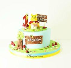 Winnie cake - by BouquetCakes @ CakesDecor.com - cake decorating website