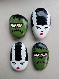 Stone Crafts, Rock Crafts, Fall Crafts, Holiday Crafts, Crafts For Kids, Rock Painting Patterns, Rock Painting Ideas Easy, Rock Painting Designs, Pebble Painting