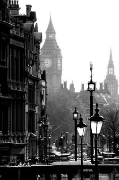 London, the best city to view in black and white, or any other color scheme