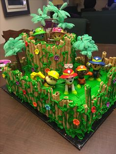 Paw patrol jungle cake. For my kids 4th birthday. So happy with how it turned out.