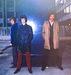 Five-star Lifelines contributor Luigi Garuti found this amazing new photo of The Jimi Hendrix Experience posing outside The George pub on D'Arblay Street in London on 5 January 1967. A truly rare picture of Jimi, wearing a not so Rock & Roll trench coat. More information on this session here.