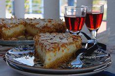 Κρεμώδες Κέικ Λεμονιού! Cream Cake, Tiramisu, French Toast, Breakfast, Ethnic Recipes, Food, Custard Cake, Morning Coffee, Cream Pie