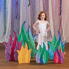 Our Wacky Wilderness Grass Standee Set features colorful green, blue, purple, yellow and red grass cutouts.
