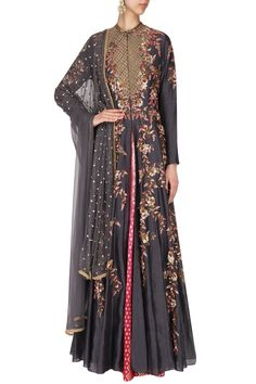 Featuring a grey front open anarkali in chanderi silk base with gold floral motif heavy jaal embroidery on the front and back. It is paired with pink to red ombred brocade skirt and grey net dupatta with embroidered motifs scattered all over. Indian Dresses, Indian Outfits, Eastern Dresses, Pakistani Bridal Wear, Indian Fashion, Womens Fashion, Pernia Pop Up Shop, Indian Designer Wear, Anarkali